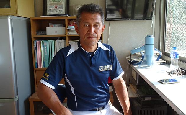 明石商業を野球部を率いる狭間善徳監督