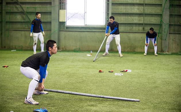 花咲徳栄高校の鉄の棒トレーニング